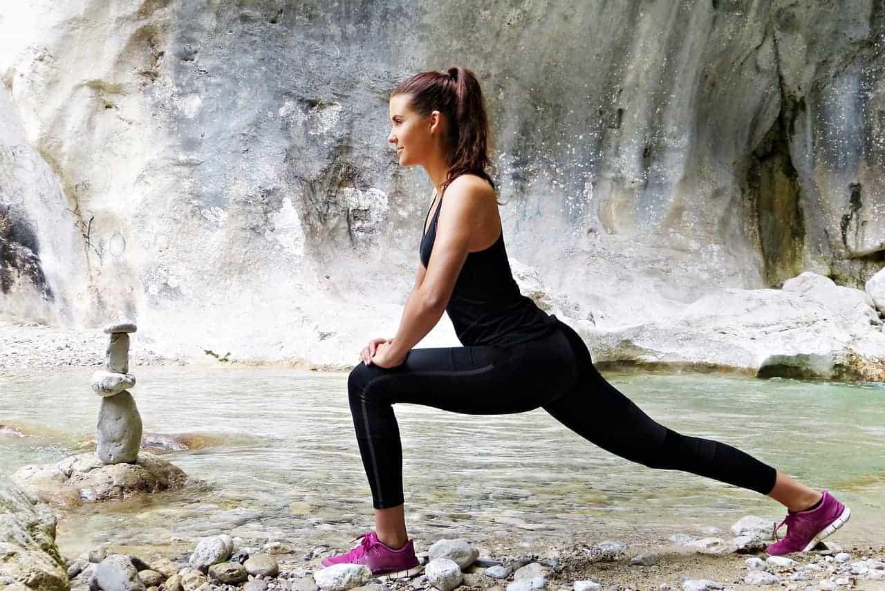 young woman 2699780 1280 - Mindfulness (Achtsamkeit) - Meditation